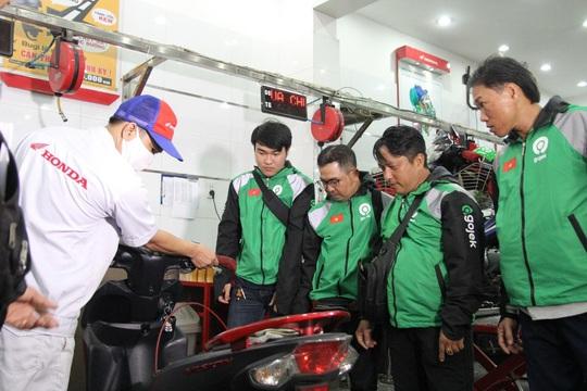 Gojek Việt Nam chăm sóc đối tác tài xế chuẩn bị cho chặng đường phát triển mới - Ảnh 12.