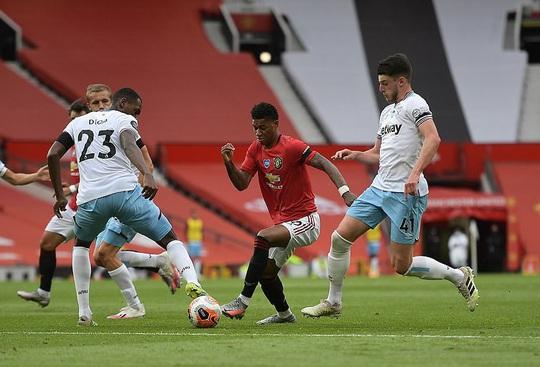 Thần đồng giải cứu, Man United bay thẳng Top 3 Ngoại hạng - Ảnh 2.