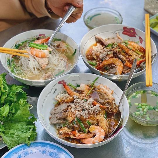 Những quán ăn lâu đời nổi tiếng ở TP HCM - Ảnh 2.