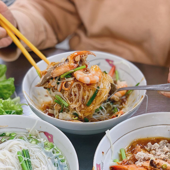Những quán ăn lâu đời nổi tiếng ở TP HCM - Ảnh 3.