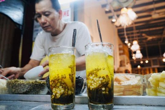Những quán ăn lâu đời nổi tiếng ở TP HCM - Ảnh 4.