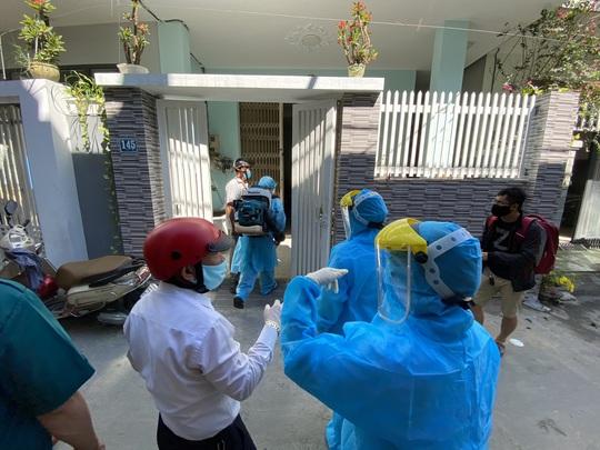 Nữ bệnh nhân 420 đầu tháng 7 từng vào thăm con ở chung cư TP HCM - Ảnh 1.