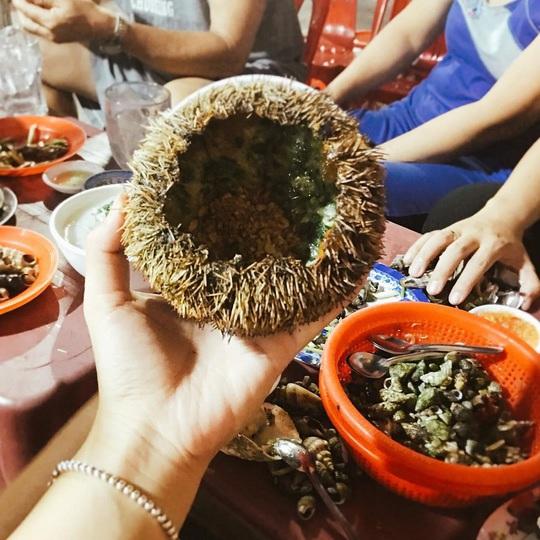 Cua huỳnh đế và loạt món ngon nên thử trên đảo Lý Sơn - Ảnh 6.