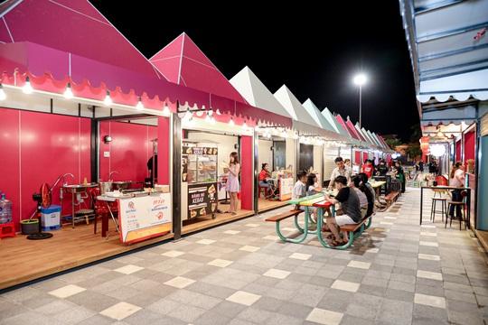 Hàng ngàn khách phải hủy tour tới Đà Nẵng - Ảnh 1.