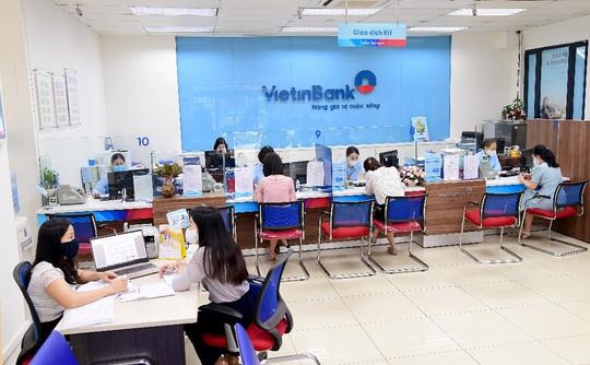 VietinBank ưu tiên nguồn lực hỗ trợ doanh nghiệp, người dân khôi phục sản xuất - Ảnh 2.