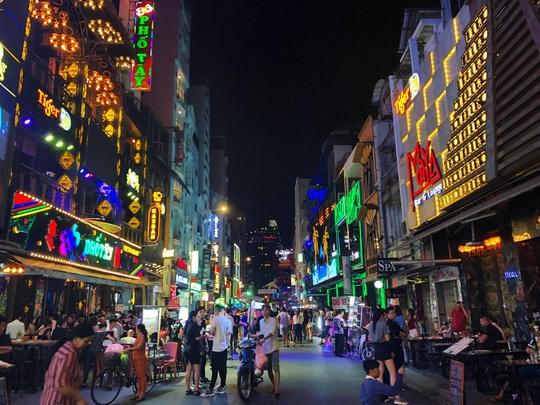 Phố Tây Premier District: điểm nhấn hút khách cho du lịch Sầm Sơn - Ảnh 1.