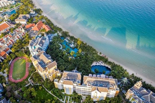 Có gì tại 2 loại phòng đẹp nhất khu nghỉ dưỡng JW Marriott Phu Quoc Emerald Bay? - Ảnh 1.