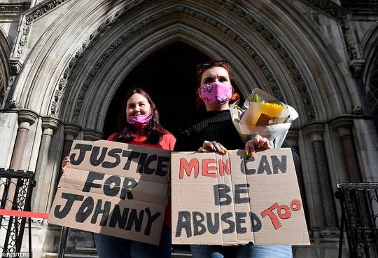 """""""Cướp biển"""" Johnny Depp khẳng định mình là nạn nhân bị bạo hành - Ảnh 4."""