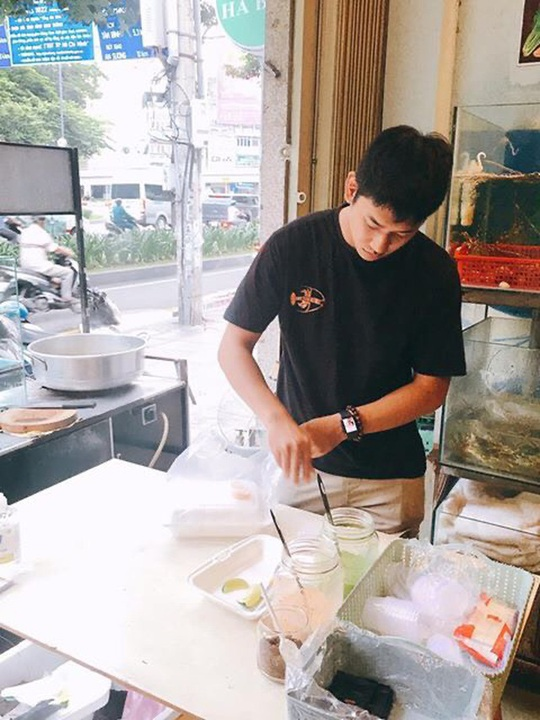 Bỏ lương nghìn đô ở sân bay, 9x Khánh Hòa về bán tôm hùm thu lãi khủng - Ảnh 3.