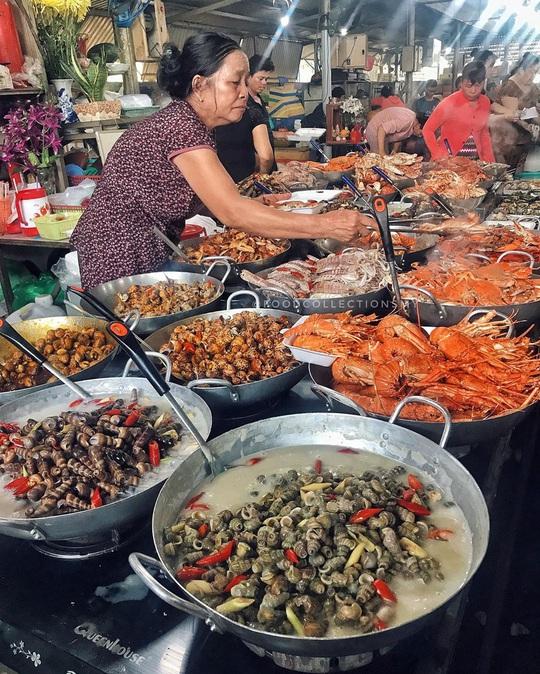 Chợ Hàng Dương và những thiên đường hải sản tươi ngon ở TP HCM - Ảnh 1.