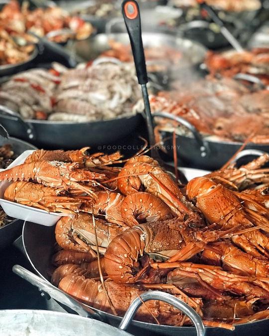 Chợ Hàng Dương và những thiên đường hải sản tươi ngon ở TP HCM - Ảnh 2.