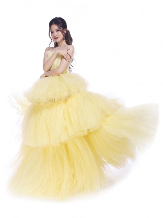 Ngắm 5 mỹ nhân Việt diện váy công chúa - Ảnh 7.