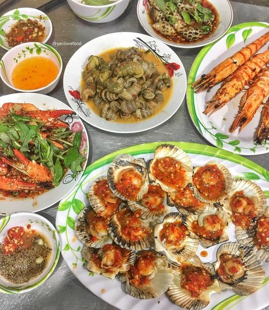 Chợ Hàng Dương và những thiên đường hải sản tươi ngon ở TP HCM - Ảnh 7.