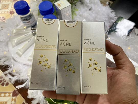 Ứng dụng nano vàng Acne GoldStars trong điều trị viêm da, rất cần thiết cho phụ nữ - Ảnh 2.