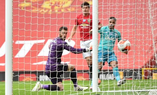 Hủy diệt Bournemouth, Man United đòi nợ sòng phẳng - Ảnh 2.