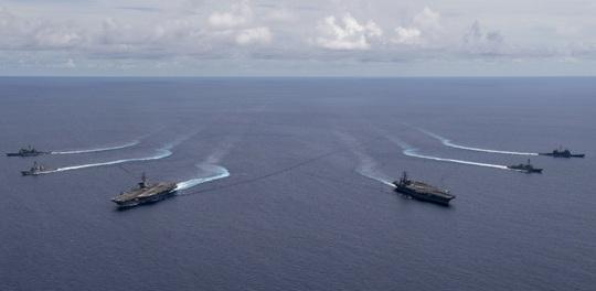 Hải quân Mỹ tập trận ở biển Đông, tàu Trung Quốc theo sát - Ảnh 2.