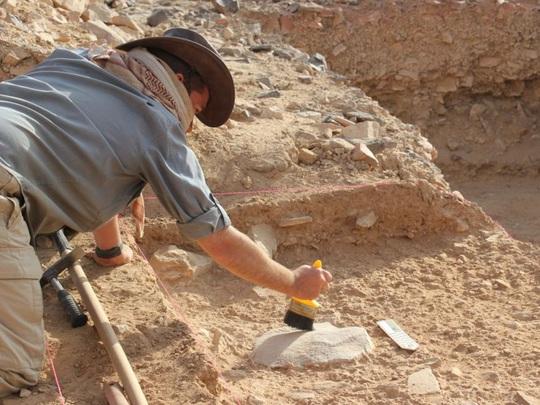 Kinh ngạc vóc dáng nam thần của… loài người tuyệt chủng 2 triệu tuổi - Ảnh 4.