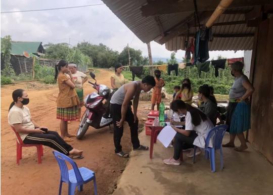 Quyền Bộ trưởng Y tế Nguyễn Thanh Long chủ trì họp khẩn về bệnh bạch hầu - Ảnh 2.