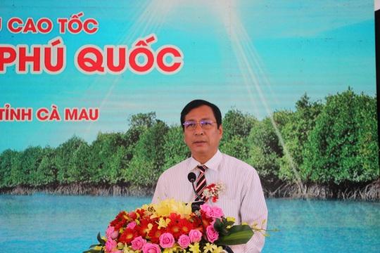 Đưa tàu 2 thân lớn nhất Việt Nam khai thác tuyến Cà Mau – Nam Du – Phú Quốc - Ảnh 1.