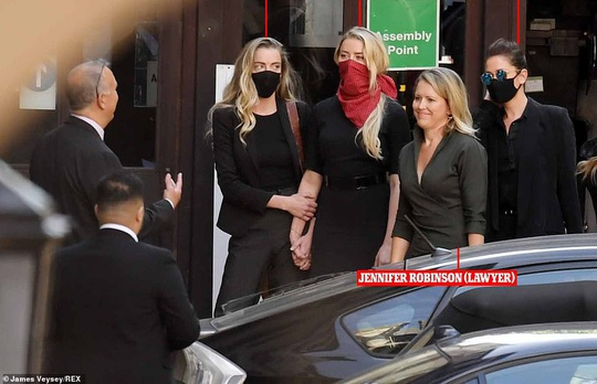 Johnny Depp kiện tờ báo, vợ cũ cũng phải ra tòa - Ảnh 2.