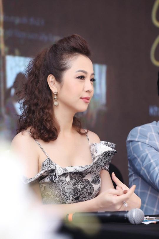 MV Mệt rồi em ơi của Quang Hà gây bão view sau ít giờ lên sóng - Ảnh 2.