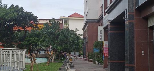 CLIP: Phong tỏa chung cư Thái An 2B ở quận 12, TP HCM - Ảnh 3.