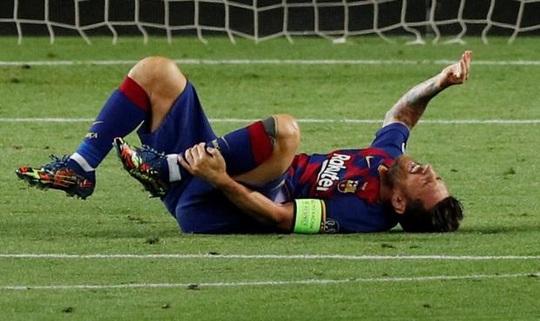 """Messi dính chấn thương nguy cơ nghỉ """"đại chiến"""" Bayern Munich - Ảnh 1."""
