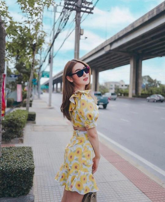 Muôn kiểu chân váy được ưa chuộng nhất mùa hè - Ảnh 10.