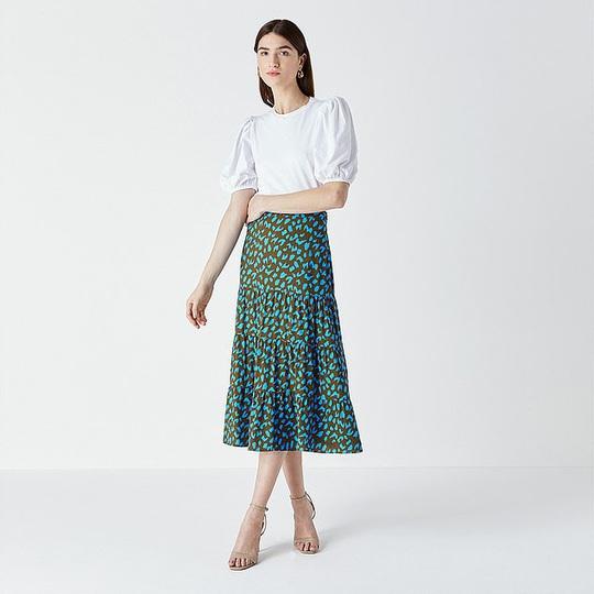 Muôn kiểu chân váy được ưa chuộng nhất mùa hè - Ảnh 4.