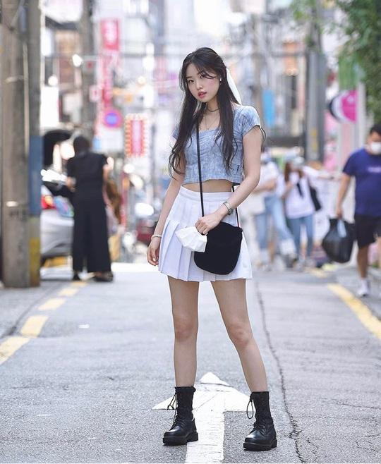 Muôn kiểu chân váy được ưa chuộng nhất mùa hè - Ảnh 7.