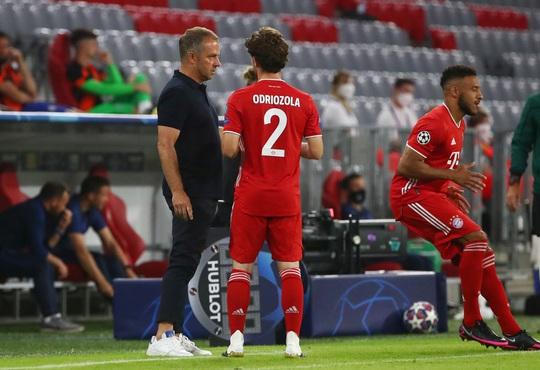 Bom xịt Real Madrid đá 10 trận giành 4 cúp, vô địch ở hai quốc gia - Ảnh 1.