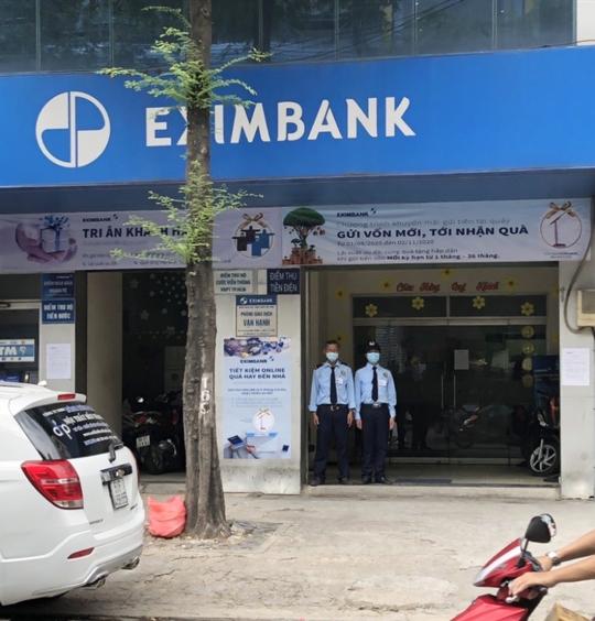 Phòng giao dịch Eximbank có khách nhiễm Covid-19 giờ ra sao? - Ảnh 1.