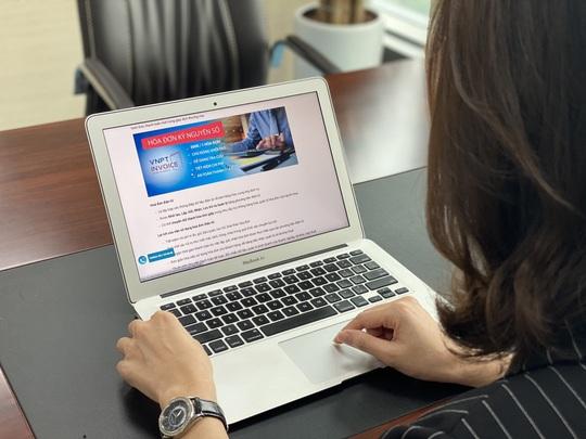 Vì sao doanh nghiệp bắt buộc sử dụng hóa đơn điện tử? - Ảnh 1.