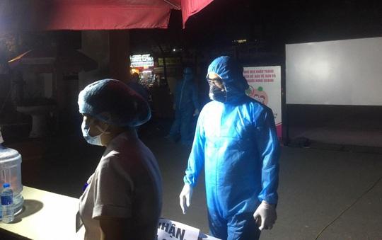 Tạm đóng cửa Bệnh viện E Trung ương do ghi nhận ca dương tính SARS-CoV-2 - Ảnh 2.