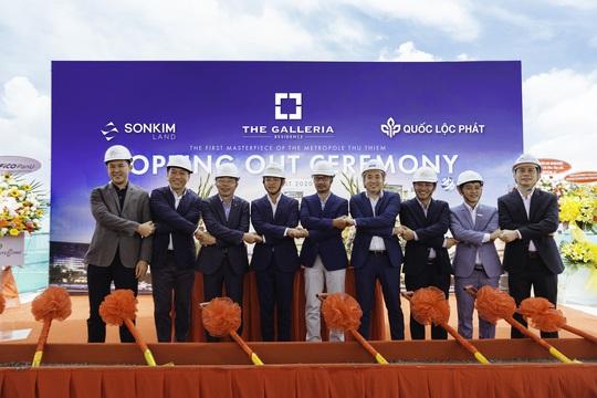 SonKim Land tổ chức lễ cất nóc dự án The Galleria Residence - Ảnh 2.
