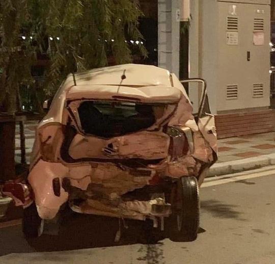 Xe sang Lexus gây tai nạn liên hoàn, nữ công an phường tử nạn - Ảnh 4.