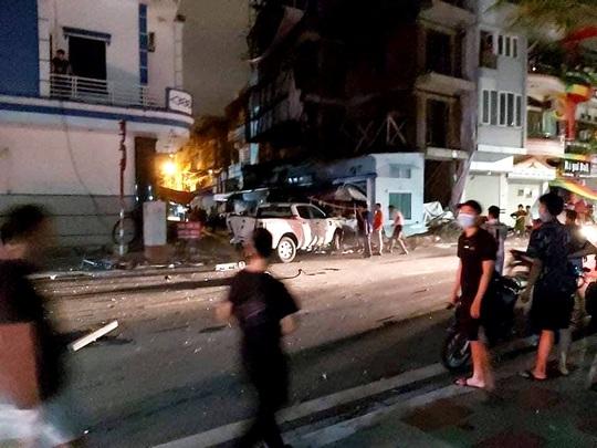 Xe sang Lexus gây tai nạn liên hoàn, nữ công an phường tử nạn - Ảnh 5.