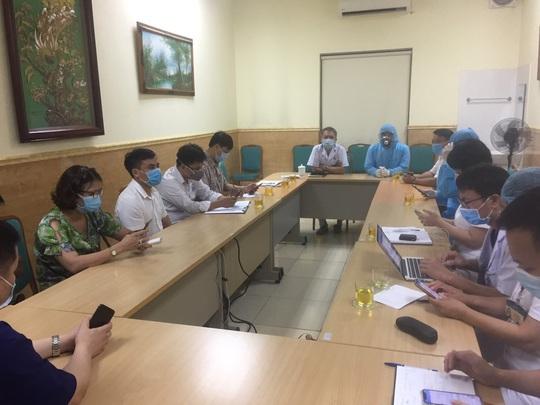 Tạm đóng cửa Bệnh viện E Trung ương do ghi nhận ca dương tính SARS-CoV-2 - Ảnh 3.