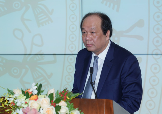 Thủ tướng dự khai trương dịch vụ công trực tuyến thứ 1.000 cho phép đăng ký ô tô trên mạng - Ảnh 1.