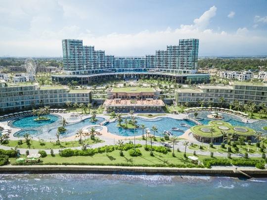 Ấn tượng những khu nghỉ dưỡng biển có kiến trúc độc đáo hàng đầu Việt Nam - Ảnh 1.