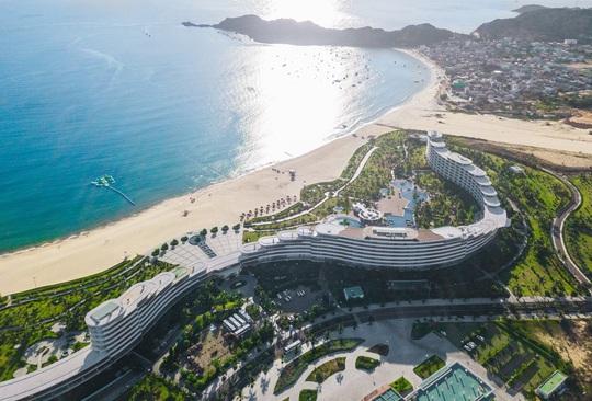 Ấn tượng những khu nghỉ dưỡng biển có kiến trúc độc đáo hàng đầu Việt Nam - Ảnh 3.