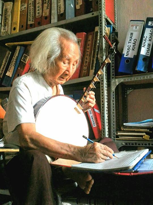 Mai Vàng nhân ái thăm nhạc sư Nguyễn Vĩnh Bảo, nghe Dạ cổ hoài lang - Ảnh 8.