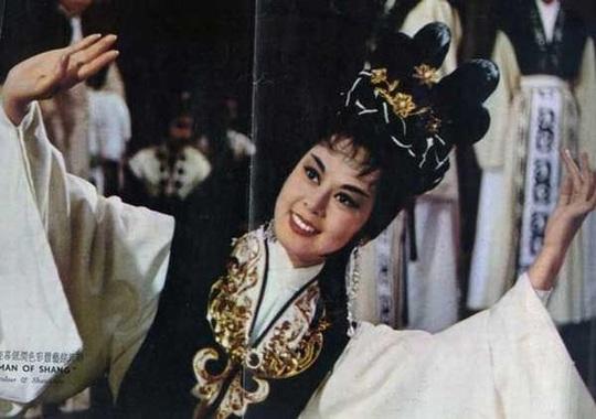 Cuộc đời của những nàng Đát Kỷ nổi tiếng nhất màn ảnh Hoa ngữ - Ảnh 1.