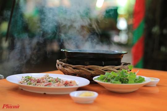 Dê và các món từ thịt dê được yêu thích ở TP HCM - Ảnh 7.