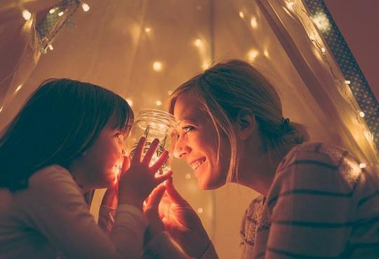 10 cách hiệu quả giúp cha mẹ dạy trẻ về lòng biết ơn - Ảnh 1.