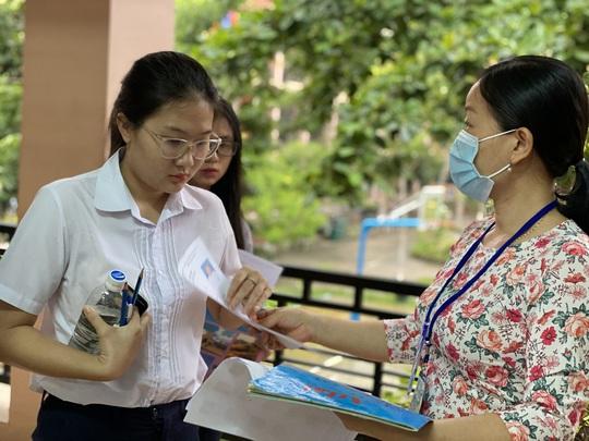 ĐH Đà Nẵng công bố điểm trúng tuyển học bạ của các trường, khoa thành viên - Ảnh 1.
