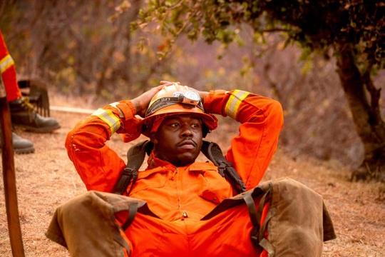 Tuyệt vọng vì cháy rừng, California phải cầu cứu nước Úc xa xôi - Ảnh 2.