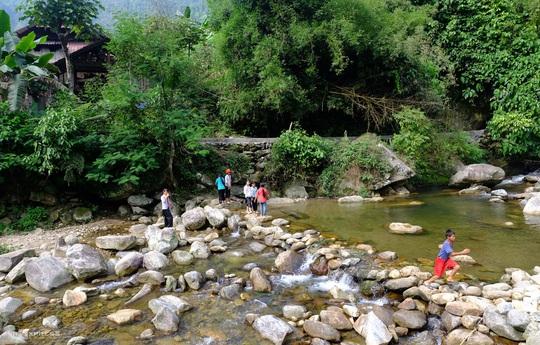 Cuối tuần đi trốn ở thung lũng Nậm Cang - Ảnh 3.