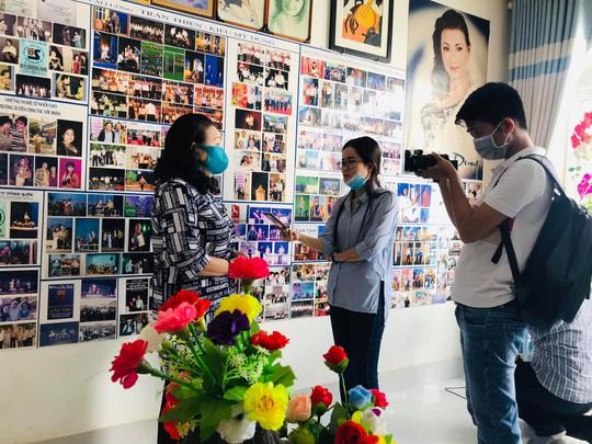 Mất một chân vì tai nạn, nghệ sĩ Kiều Mỹ Dung triển lãm ảnh Quá khứ kiêu hùng - Ảnh 8.