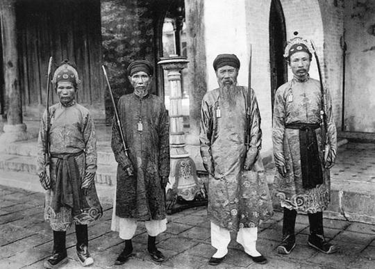 Thú vị với hình ảnh Việt Nam hơn 100 năm trước qua góc máy nhà nhiếp ảnh Pháp - Ảnh 9.